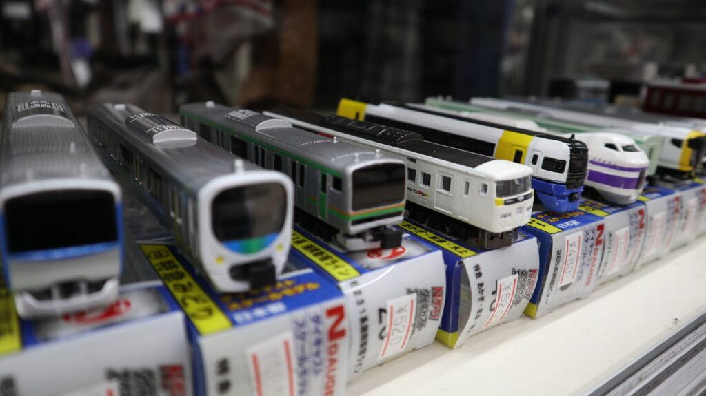 中央線開業記念日